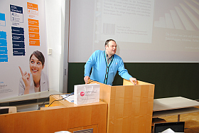 Martin Ebner referiert bei den OCG Impulsen in Klagenfurt