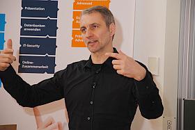 Oliver Kupfner referiert bei den OCG Impulsen in Klagenfurt