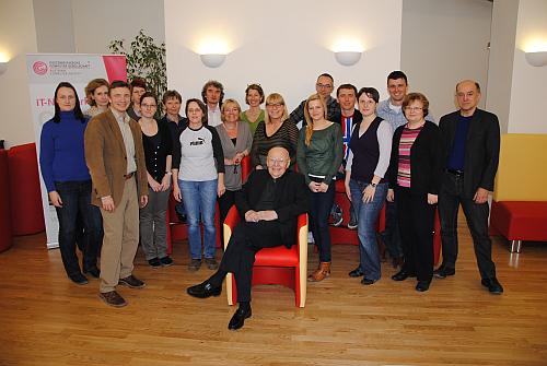 Heinz Zemanek und das Team der OCG