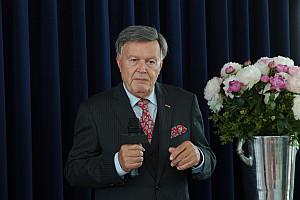 Hans-Jürgen Pollirer bedankt sich