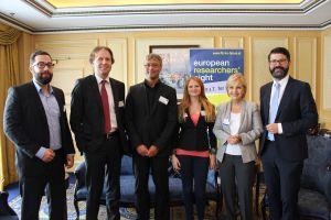 Podiumsdiskussion der FH St. Pölten: Clemens Foisner, Stefan Petsch, Hannes Raffaseder, Desiree Zottl, Gundi Wentner, Michael Köttritsch