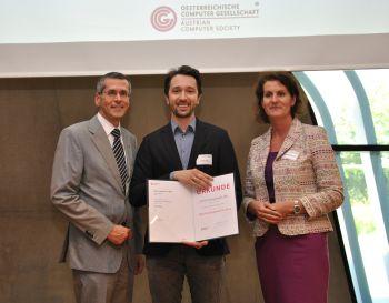 Verleihung OCG Förderpreis-FH an Georg Knabl durch W. Seyruck und G. Anderst-Kotsis