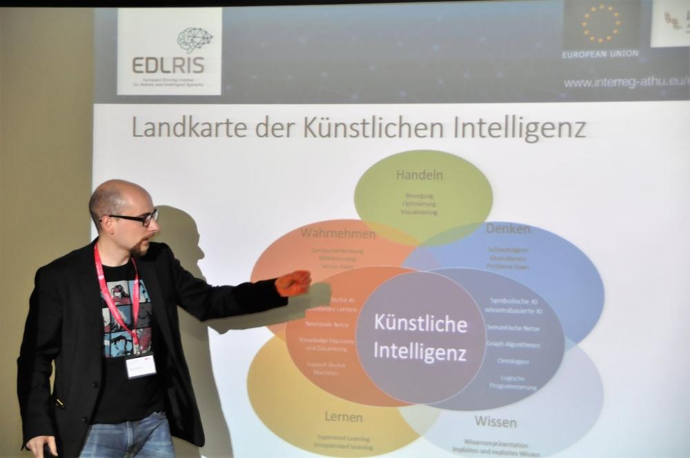 Martin Kandlhofer erzählt über Artificial Intelligence